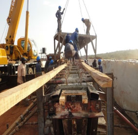 Kiringi Bridge under construction.