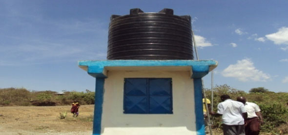 Water kiosk with 5m3 plastic tank at Kayara pr. School